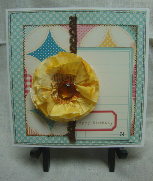 Yellow-paper-flower-card