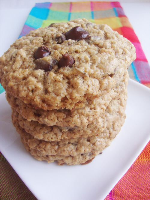 Triple-chocolate-chip-cookies-5
