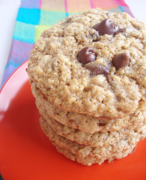Triple-chocolate-chip-cookies-10